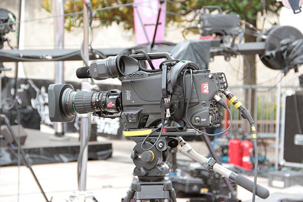 ツール・ド・フランスを知るための100の入り口:テレビ生中継初成功