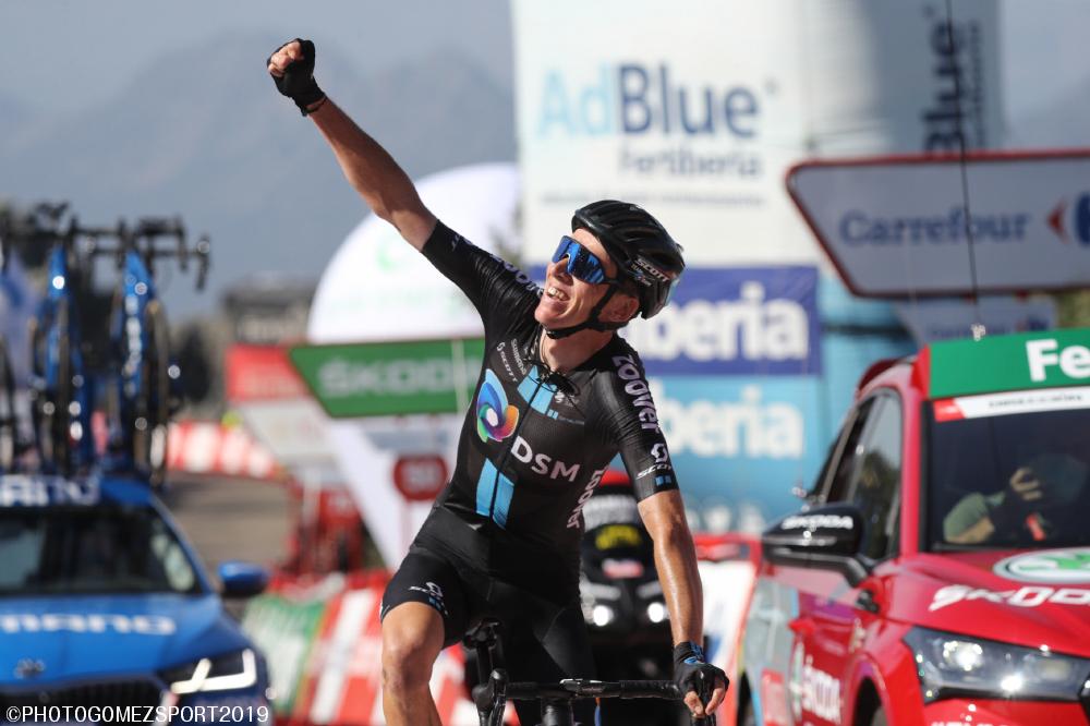 1級ピコ・ビリュエルカスをラスト6km独走しブエルタ初区間優勝のロマン・バルデ
