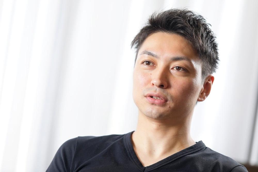 コーチ スケート 濱田